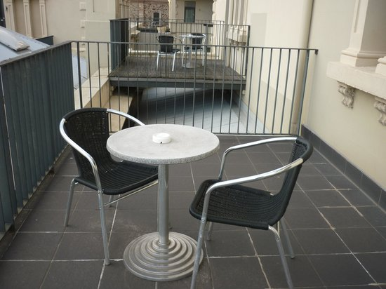 Adina Apartment Hotel Adelaide Treasury: Balcony
