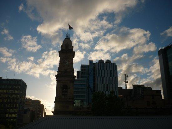 Adina Apartment Hotel Adelaide Treasury: View from balcony