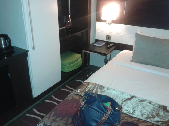 Eka Hotel Nairobi: Room