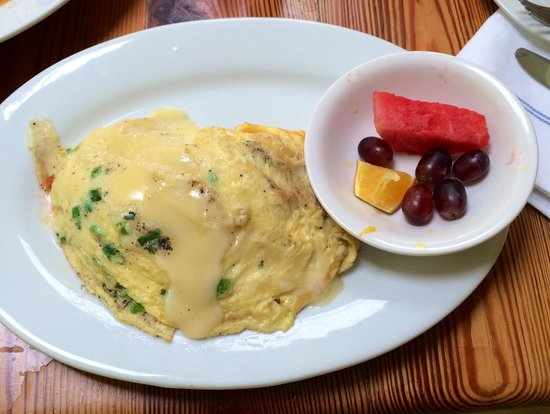 Dante's Kitchen : Crab & Brie omelette