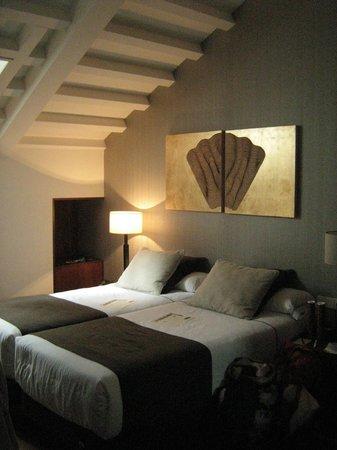 Hotel Carris Casa de la Troya: la camera in mansarda