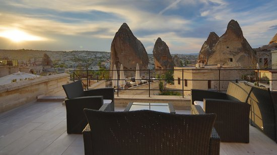 Vezir Cave Suites: View from uper level