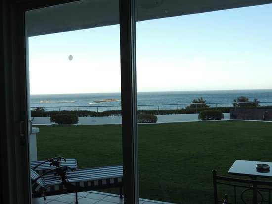 The Twelve Apostles Hotel and Spa: Sea view