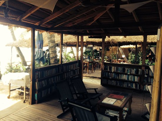 Ciaran's: Library and reception
