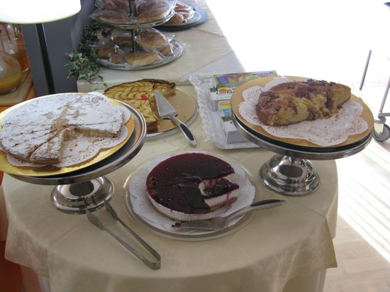 Hotel Ramon Berenguer IV: Desayuno buffet