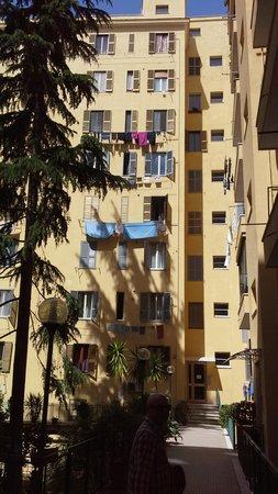 Light Of Rome B&B: il cortile