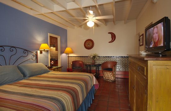 Santa Fe Motel & Inn: Kitchenette #1