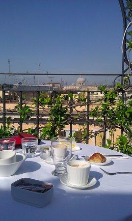 Hotel Isa: Perfekte Aussicht beim Frühstück