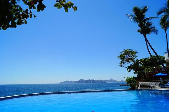 Holiday Inn Resort Acapulco: Alberca para adultos