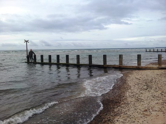 Findhorn Heritage and Icehouse: Findhorn beach