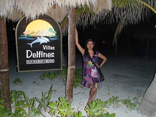 Hotel Villas Delfines: LETRERO
