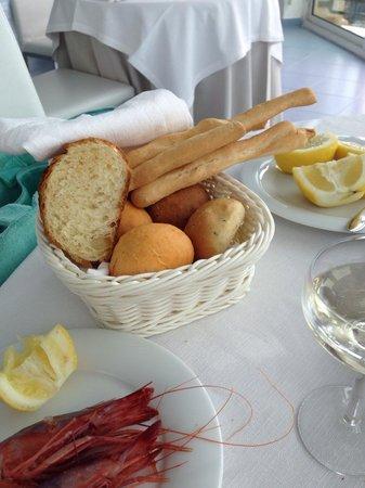 Diversi tipi di pane tutti buonissimi croccanti e fragranti picture of ristorante da - Diversi tipi di figa ...