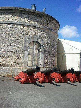 Corderie Royale : les canons de 12 pour l'Hermione