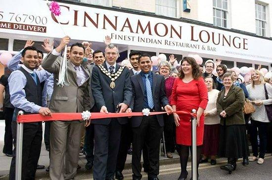 Cinnamon Lounge: openning day