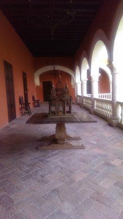 Sofitel Legend Santa Clara : The corridor of our room