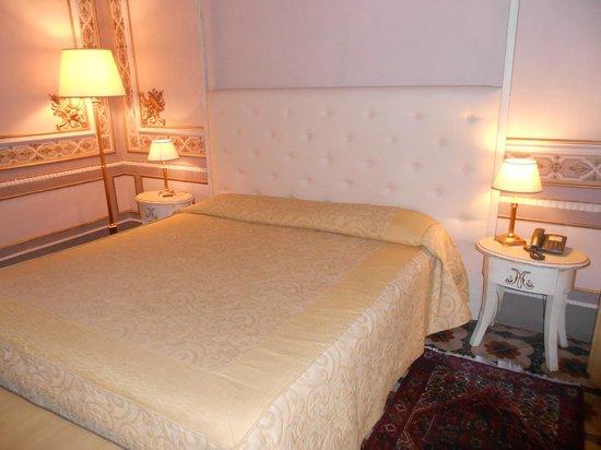 Manganelli Palace Hotel: il letto