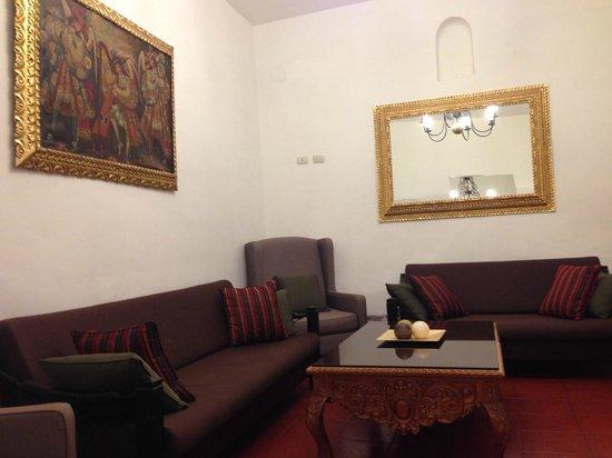 Hotel Suenos del Inka: Loby de la recepción del hotel