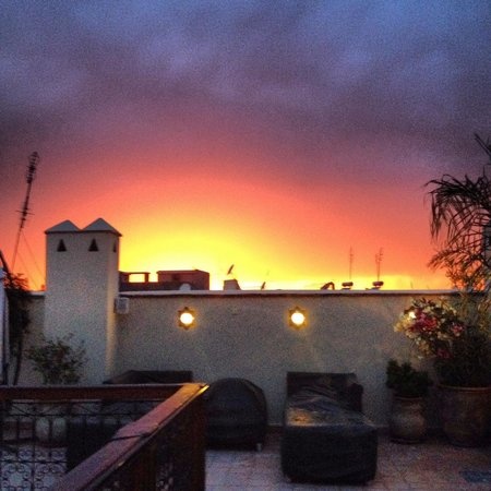 Riad Chayma : Sunset from the terrace