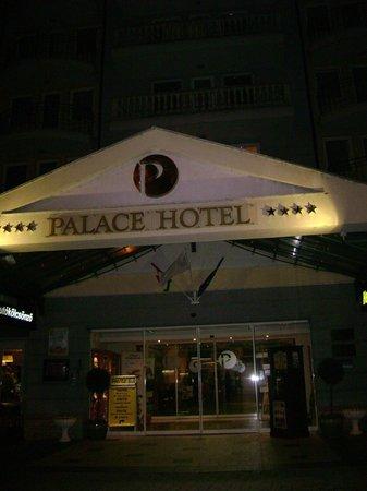 Hotel Palace Heviz: Отель