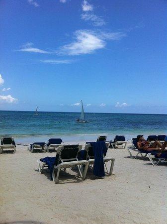 Grand Palladium Riviera Resort & Spa : Playa del resort