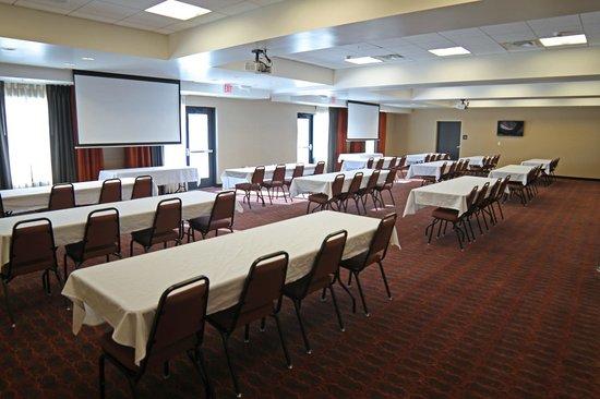 Hampton Inn & Suites Grand Forks: Meeting Room