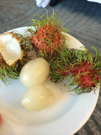 JW Marriott Hotel Bangkok: Fruit gift in room (Rambutan)