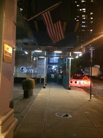 Hotel Indigo New York City, Chelsea: Night Walk
