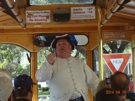 Old Savannah Tours: Gentleman depicting Eli Whitney who invented the Cotton Gin