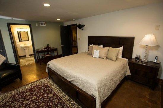 Canal Street Inn: Magnolia Room