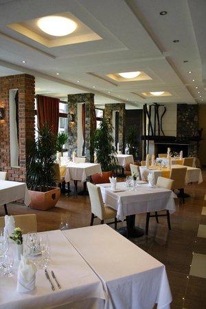 Hotel Hills: Restaurant