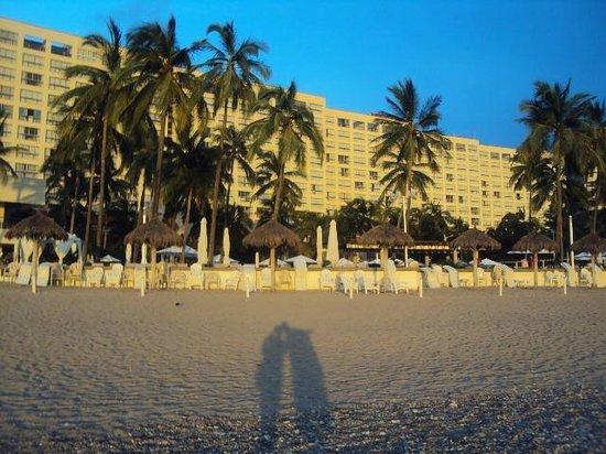 Sheraton Buganvilias Resort & Convention Center : vista desde la Playa