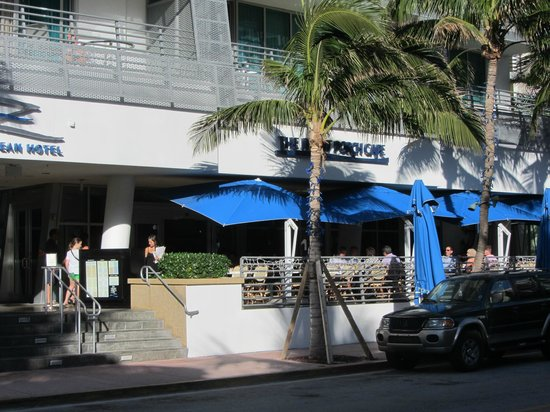 Z Ocean Hotel South Beach: Hotel and Front Porch Cafe