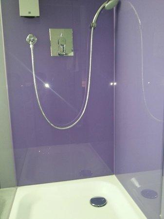 Rilano 24/7 Muenchen City: bath 2