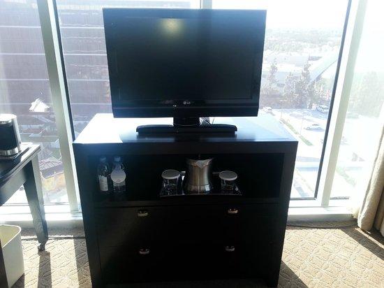 Hilton Anaheim: TV