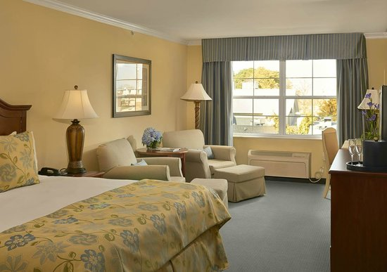 Hotel Rehoboth: King Deluxe Lake Avenue