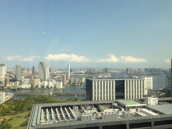 Park Hotel Tokyo: Вид на залив