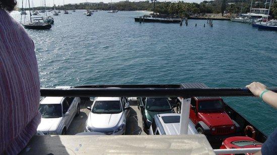 Virgin Islands Ferry - Red Hook:     Паром
