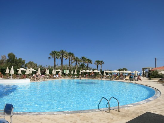 Minos Mare Hotel: pool, near bar