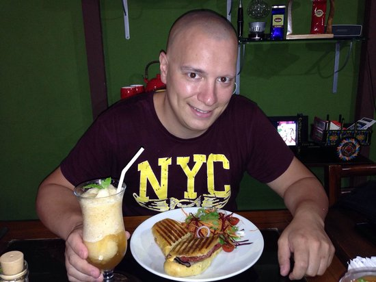 Orchid Coffee Shop: Excepcional comida