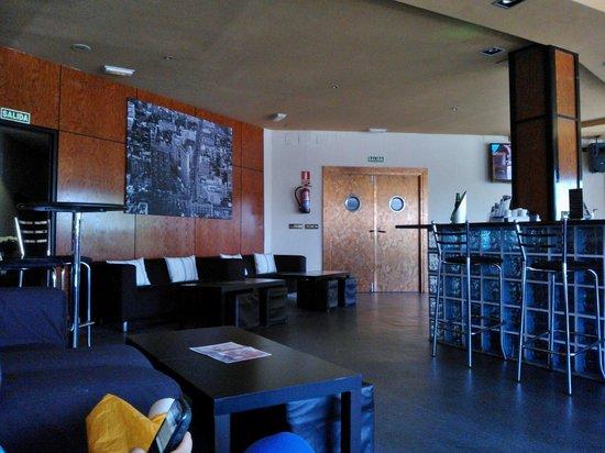 SHS Hotel Aeropuerto: Bar