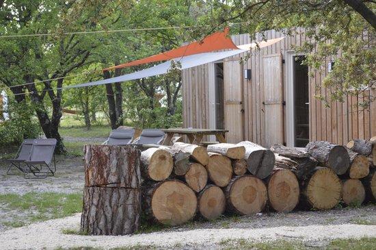 Lodges en Provence: lodges bois