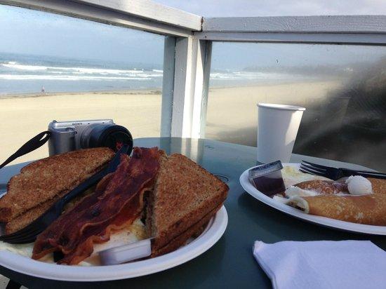 Kono's Cafe: Great little breakfast!