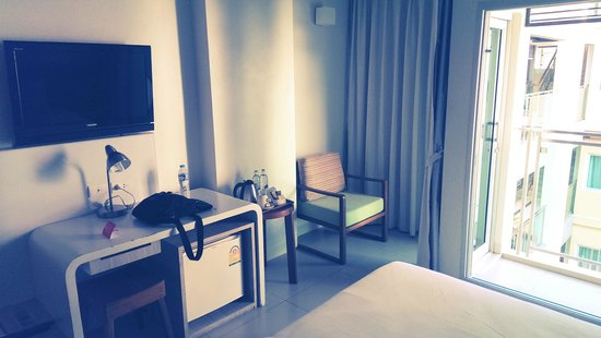 Sunshine Hotel & Residences : Room