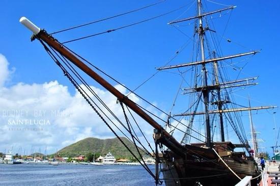 Rodney Bay Marina: docked by the bay
