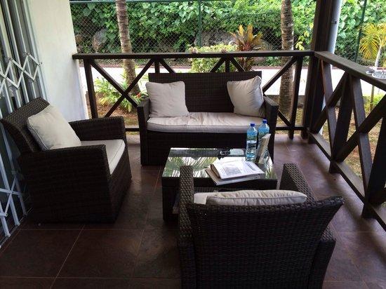 Villas de Jardin: Reception