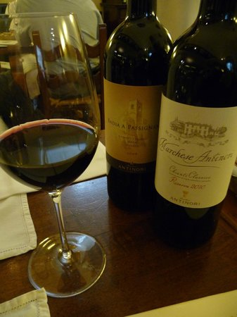 Cantinetta Antinori: Both very good wines