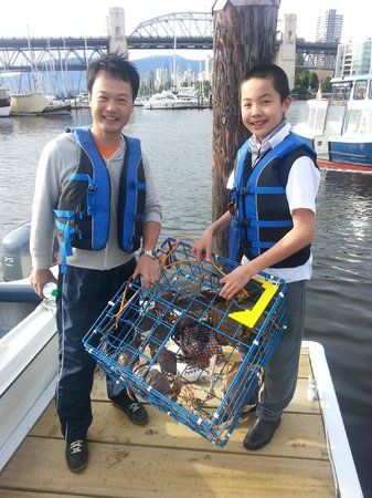 Granville Island Boat Rentals and Fishing Charters: Crabbing Adventure