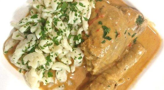 Mayday : Chicken Paprikash