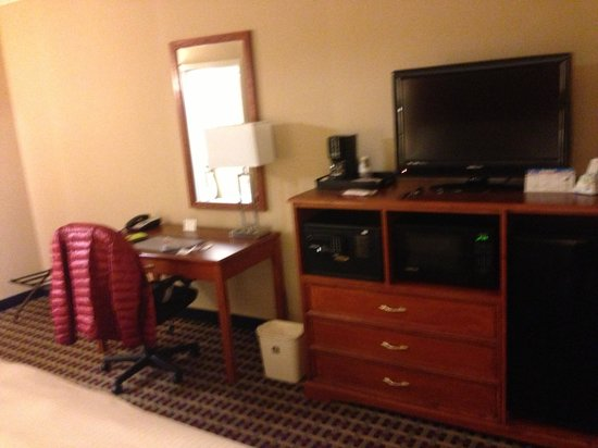 Best Western Fort Washington Inn: Room