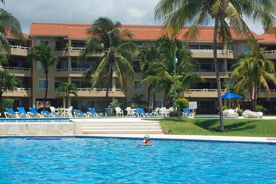 Villas Del Mar: Buiding